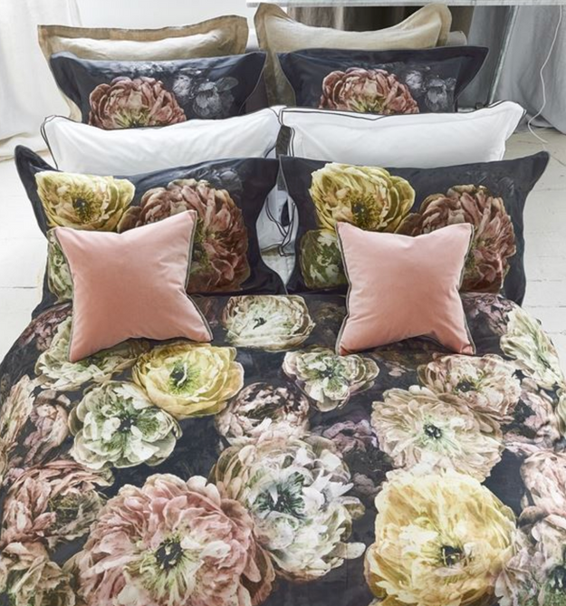 Le Poeme de Fleurs Midnight Bedding