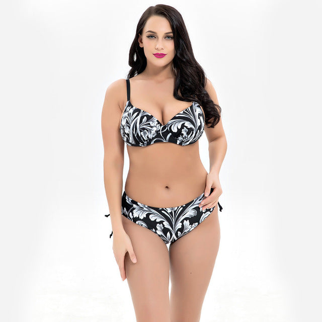 Floral Print Plus Size Bikini Top and Bottom