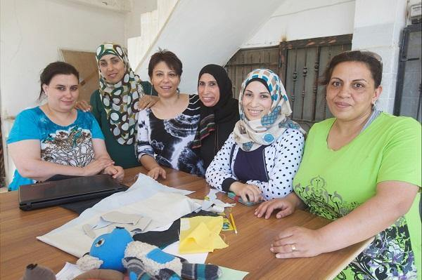 "Muslim Girl: ""This Organization is Creating Job Opportunities for Refugee & Low-Income Women in the West Bank"""