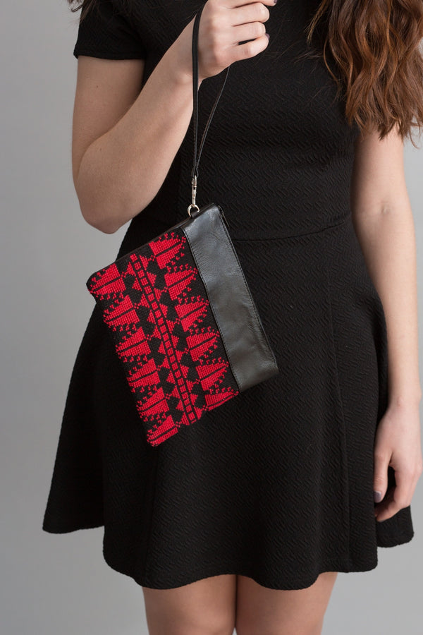 The Red Cypress Clutch - Darzah
