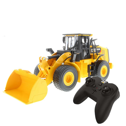 CAT Remote Controlled 950M Wheel Loader - 1:24 Scale + FREE STICKER PACK