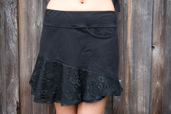 Pocket Lace Skirt M154