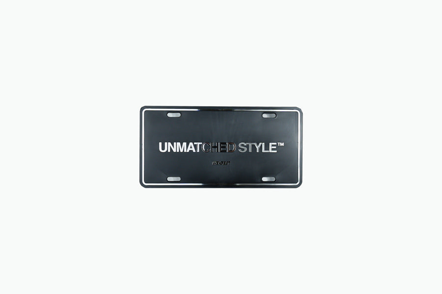 UNMATCHED STYLE™ LICENSE PLATE FRAME - CHROME