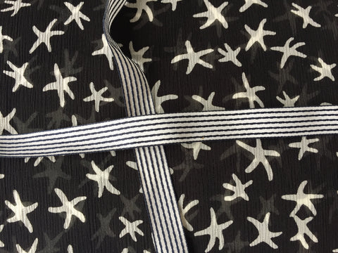 B&W stars with strippes ribbon