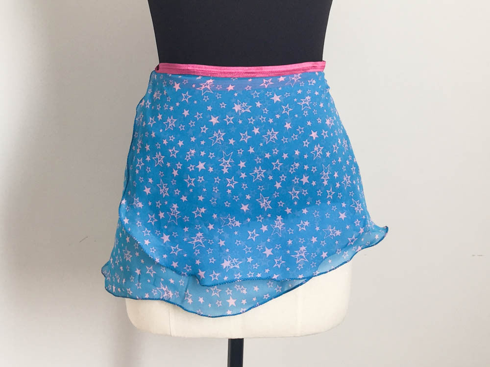 Pink stars skirt fitted short length