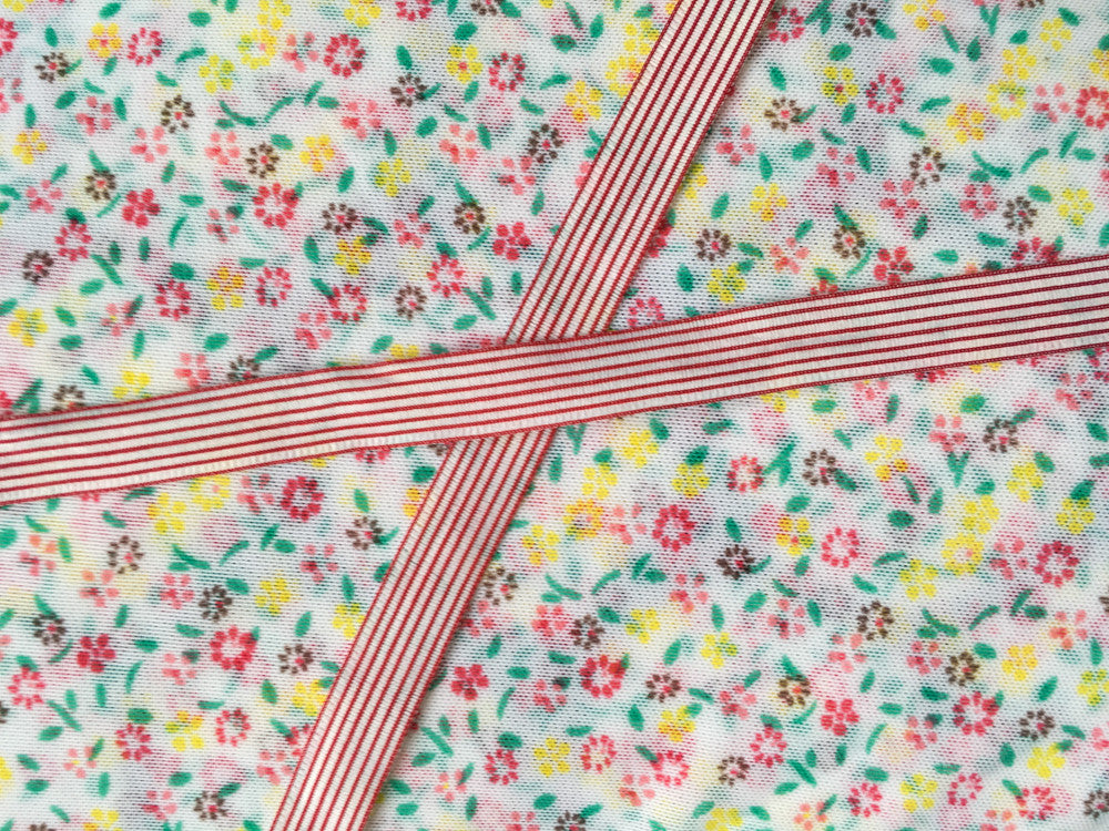Little flowers mesh with red stripes ribbon