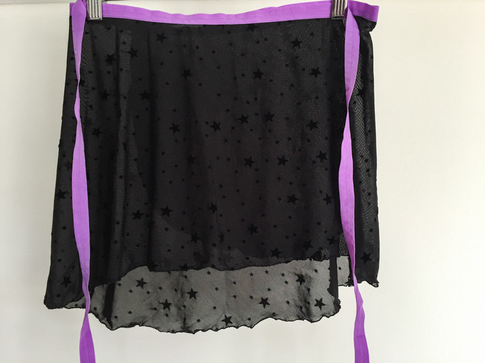 Velvet black stars with purple ribbon dance skirt