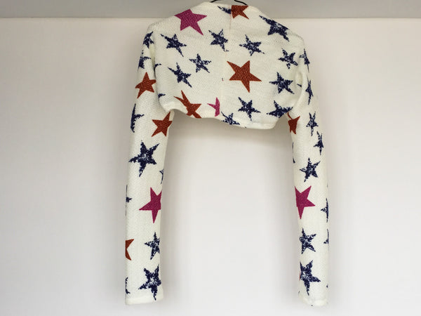 Big stars dance shrug