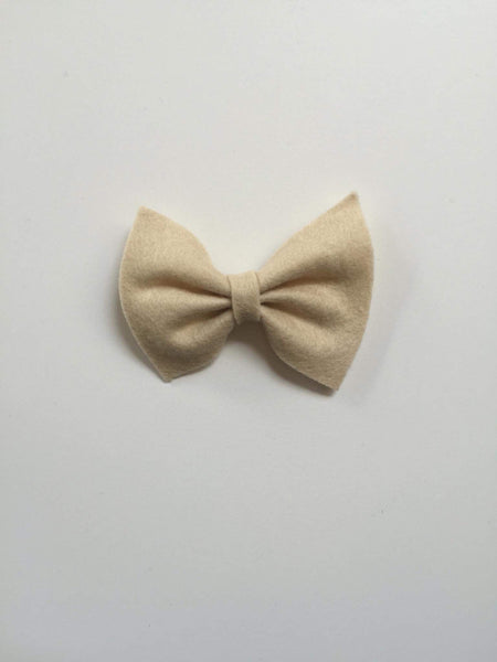Annette Wool Bow