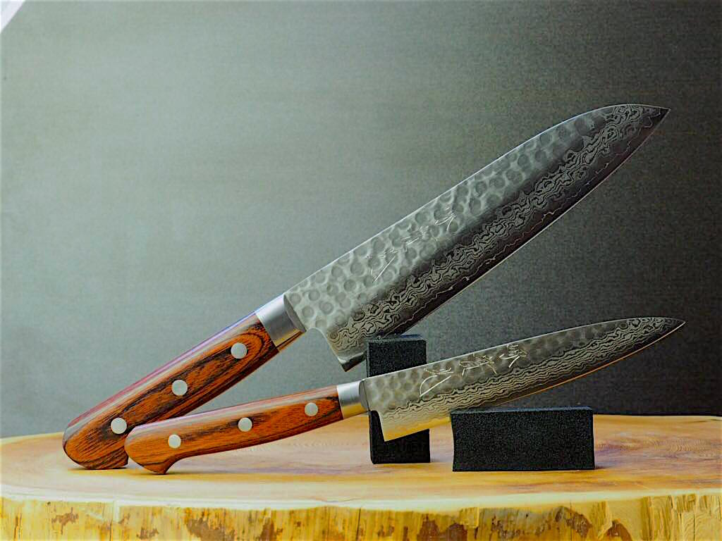 2 Knife Set: Jikko VG10 Damascus Santoku (18cm) and Petty (13.5cm)
