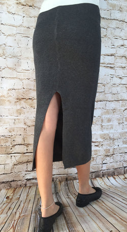 Gary Knitted Skirt (Thin Material)