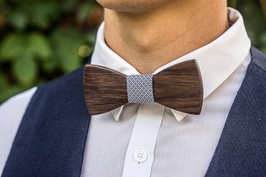 Beautiful Rosewood Bow Tie - TheHrdwood