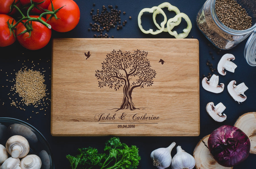 Personalized Cutting Board. Family Tree with custom text - TheHrdwood