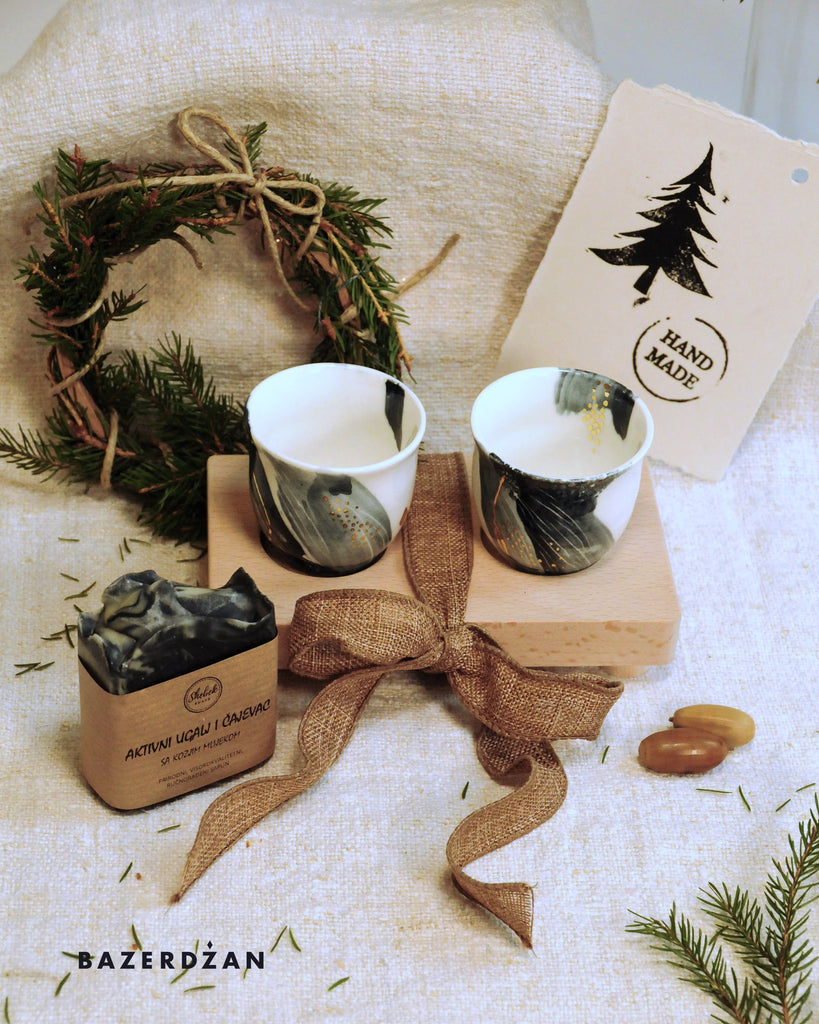 "<img src=""2020-11-16-104810448.jpg"" alt=""two marble coffee cups with black tea tree and active coal soap"">"