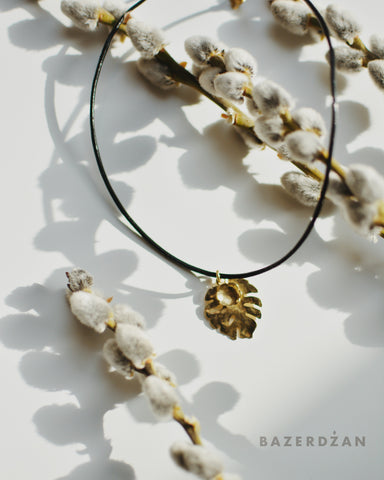 """Philodendron"" Necklace by Natasha Rubis - Bazerdzan"