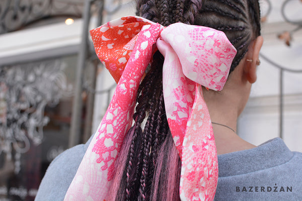 Twilly Scarf (Material: Silk)