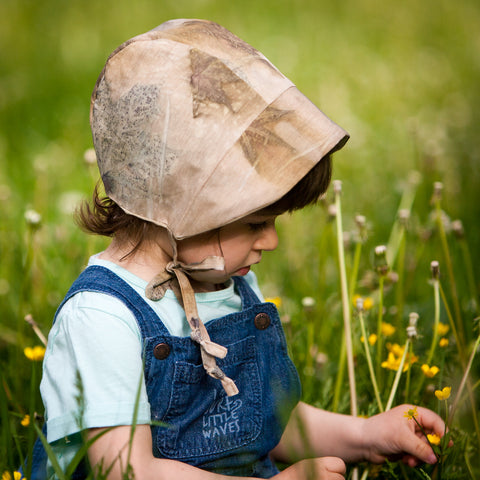 Naturally dyed baby bonnets - by Keti Handmade