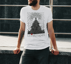 Lovescapes Men's T-Shirt (Great Tree)