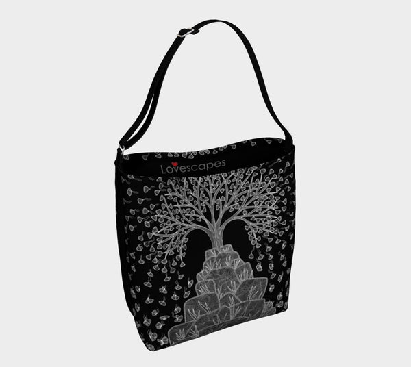 Lovescapes Tote Bag (Great tree)