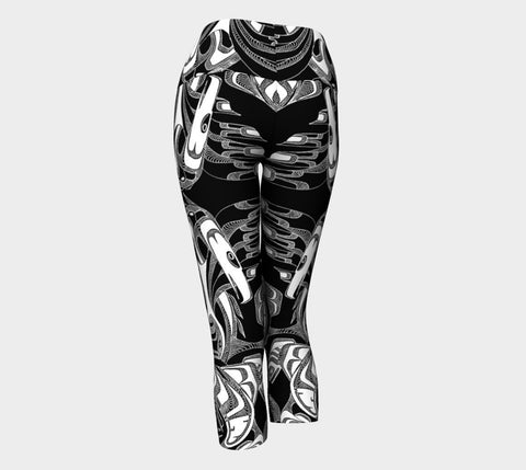 Lovescapes Yoga Capris (Totemic Guardians B&W 02)