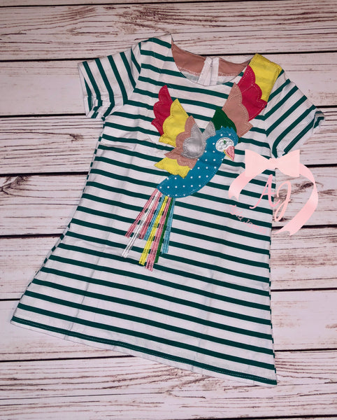 Colorful Bird Applique Short Sleeve Dress