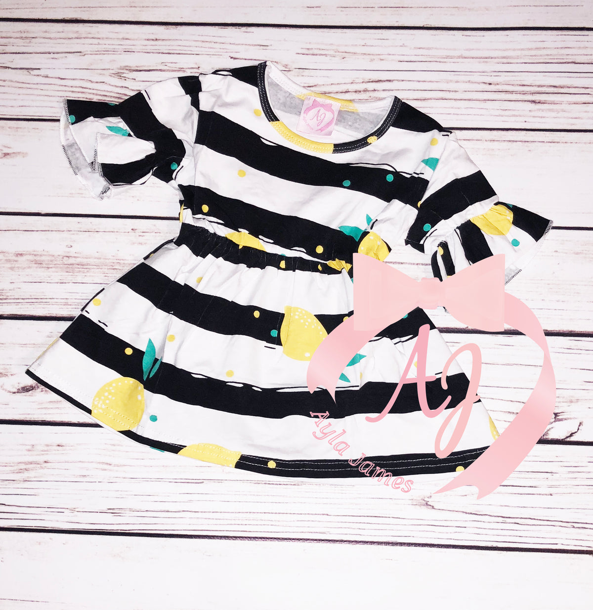 Black and White Lemon Top