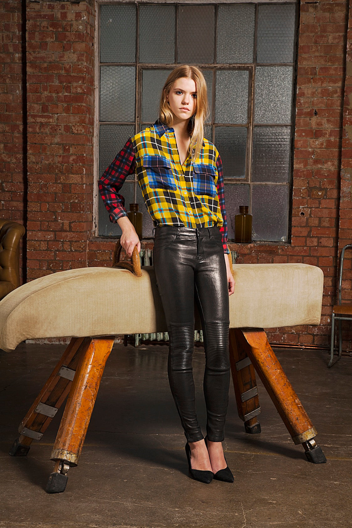 donna ida, london fashion, london style, tartan shirt, printed shirt, blouse, skinny jeans, black skinny leather jeans, leather trousers, shoes
