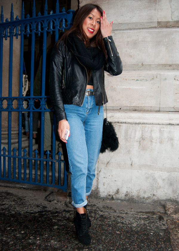Jovanna, Student, Instagram & Twitter @jovannatran, london fashion week, street style, boyfriend jeans, cuffed jeans, distressed denim, leatehr jacket, crop top, bag, heels, red lipstick, blogger style, blogger fashion