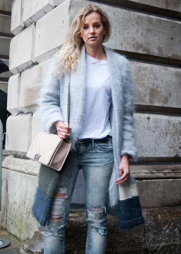 London fashion week street style, blogger style, blue jacket, fluffy jacket, white tee, boyfriend jeans, distressed denim, ripped denim