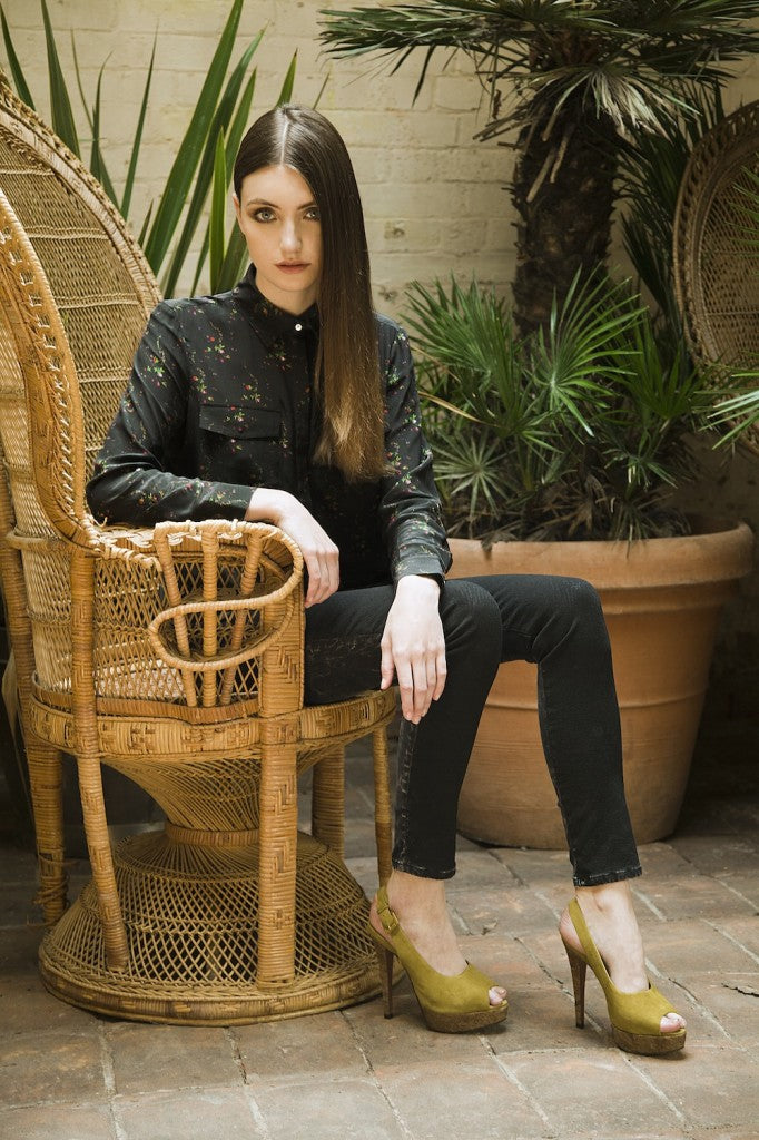 donna ida, london fashion, london style, IDA Out of Africa Shirt, Midnight Meadow, Current/Elliott Jeans, Harlem Coated, skinny jeans, printed shirt, blouse, model