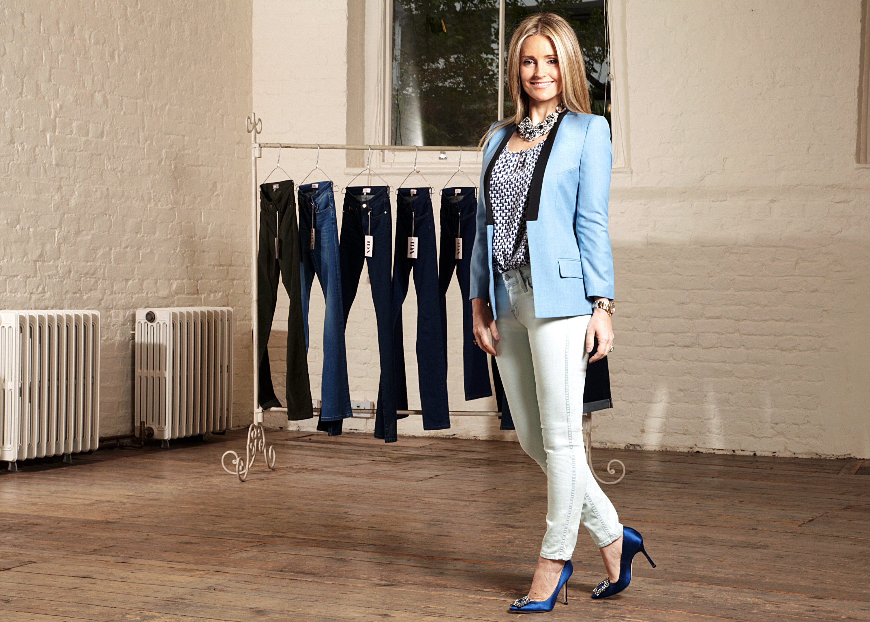 donna ida, london fashion, london style, donna ida thornton, mcarthurglen, partners, skinny jeans, blazer, jacket, blouse, blouse jacket, tuxedo jacket, heels
