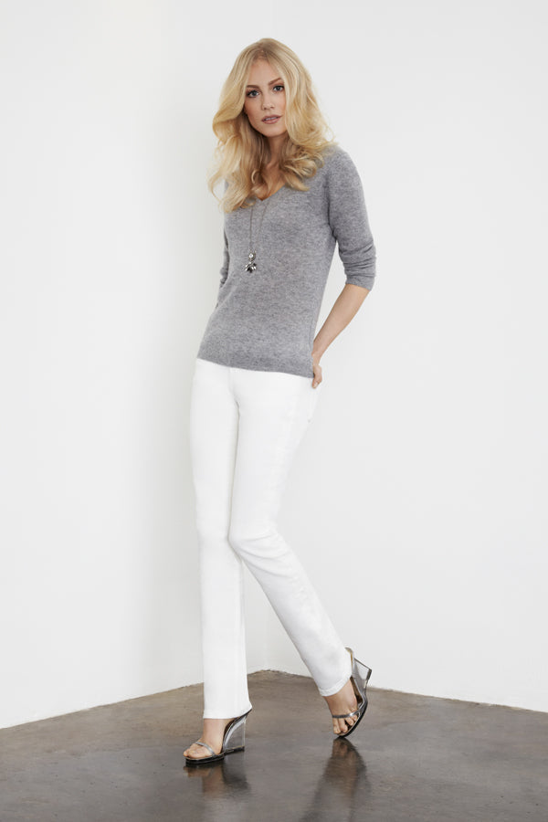 IDA Jeanie Jeans in Milk with Mansfield Cashmere Sweater