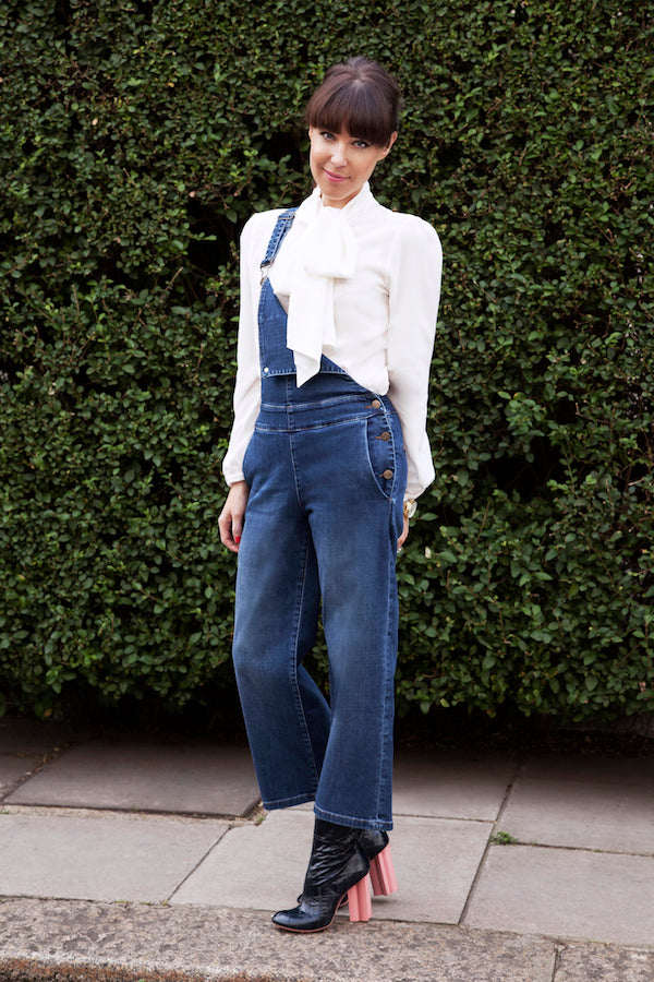 LornaLuxe wears IDA Mrs Thatcher blouse and IDA Ramona Culotte Pinafore donnaida.com