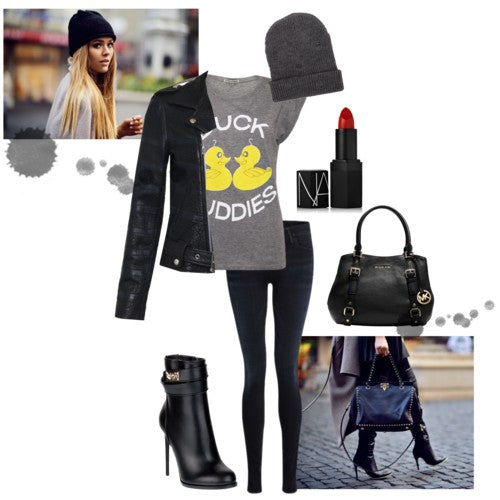 How to style printed Tee - London Street Style: Simeon Farrar Duck Buddies Tee, Goldsign lure skinny jeans, Each X Other leather jacket, beanie, handbag, lipstick, shoes. Blogger Style.