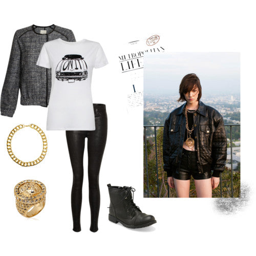 How to get 90s grundge style - London Street Style: Ida On It Tee, Joie Jacket, J Brand Leather Skinny Jeans, boots, gold necklace, gold ring. Blogger Style.