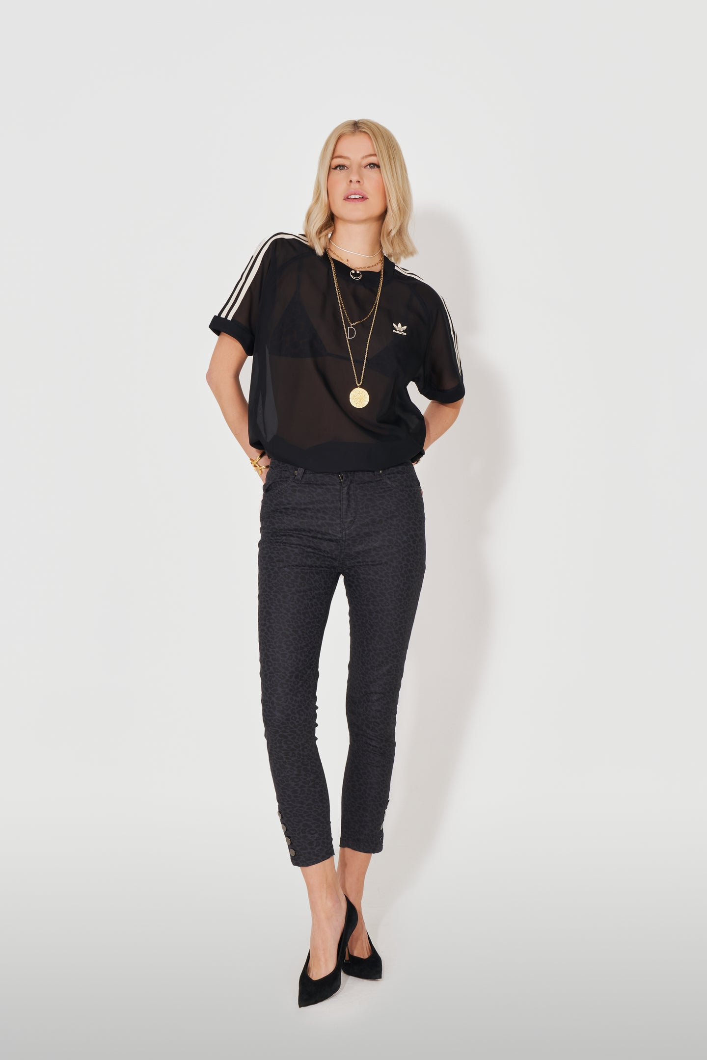 Vera The High Top Button Ankle Crop - The Never Never