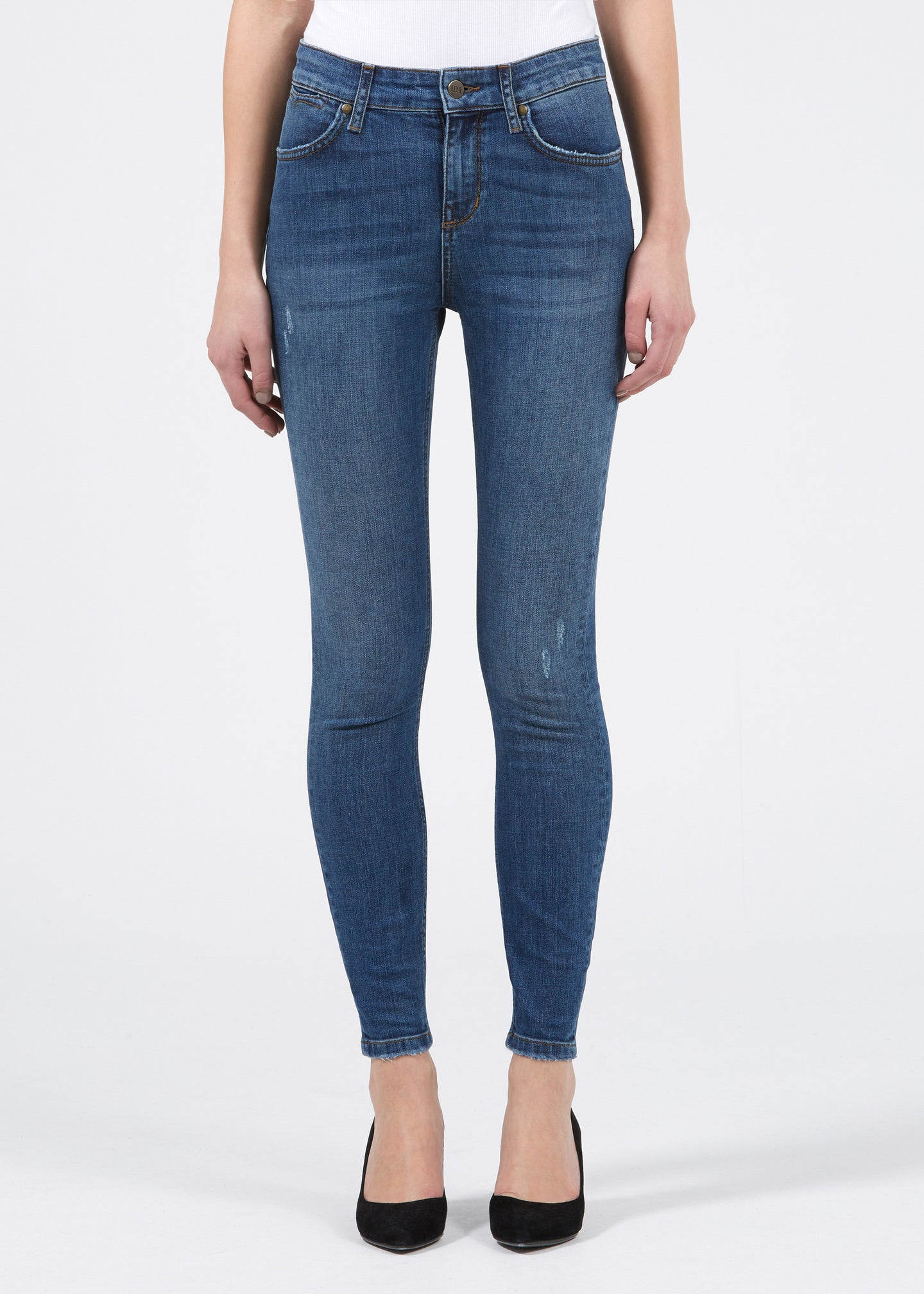 The Velvet Ankle Skinny. - size 25 (also in 24,26,27,28,29) 7 For All Mankind