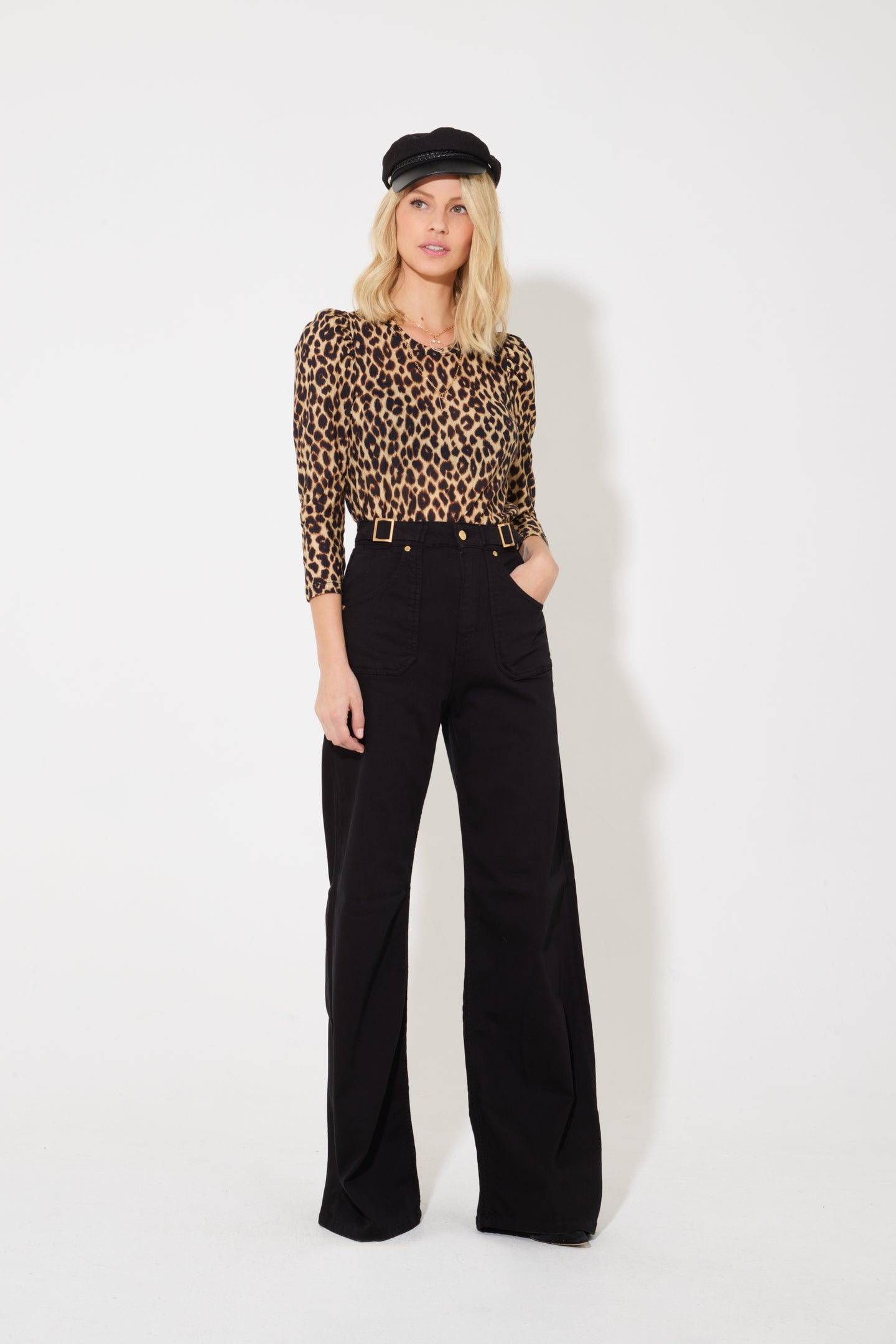 Minnie The High Top Flared Jeans - Blackest