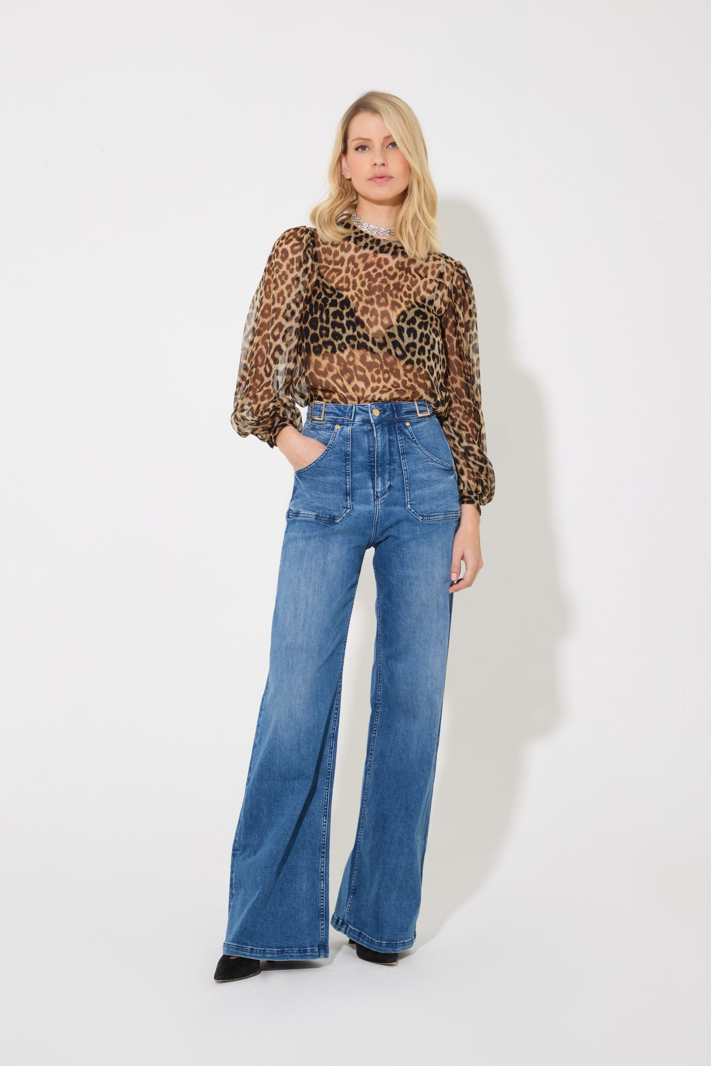 Minnie The High Top Flared Jeans - Eternal Lightness