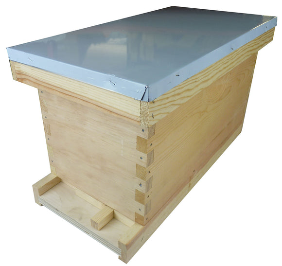 Langstroth Nuc Box With Roof, Screen Floor, Entrance Block and Entrance Closer, Flat
