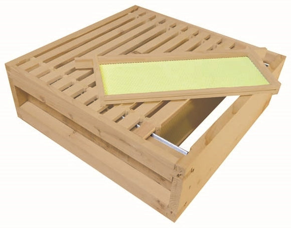 B.S. National Super, Assembled, With Wooden Frames and Yellow Plastic Foundation, Cedar, 2nd Grade - Bee Equipment
