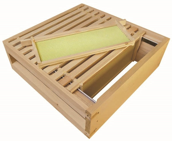B.S. National Super, Assembled, With Wooden Frames and Yellow Plastic Foundation, Cedar, 1st Grade - Bee Equipment