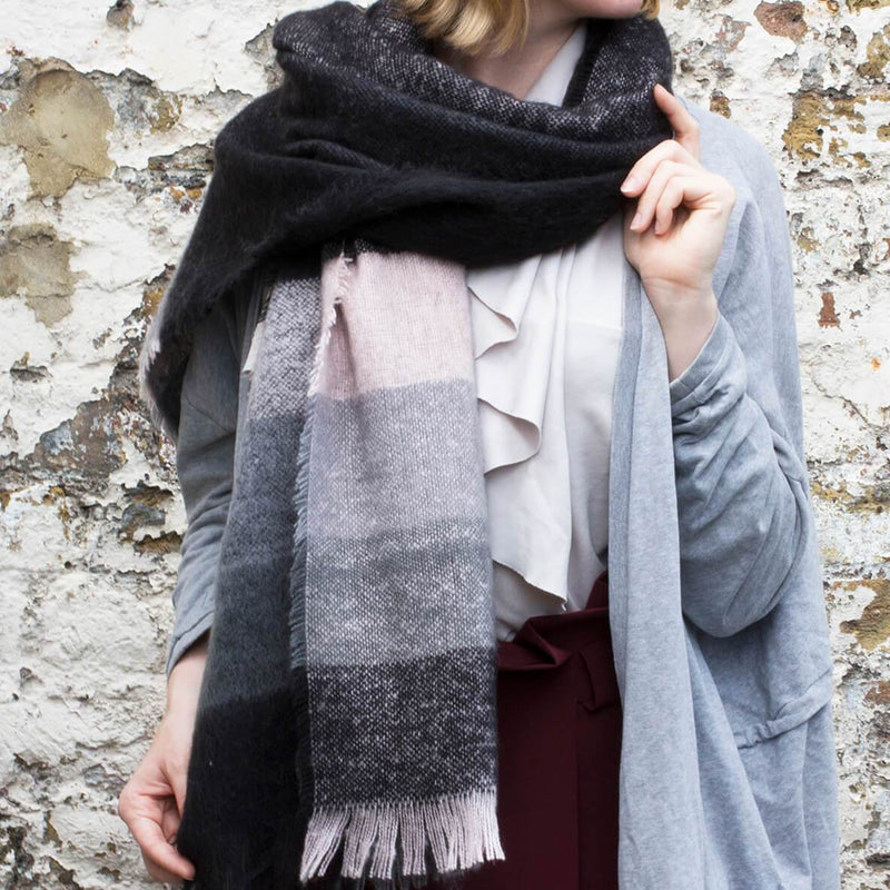 chunky-stripe-winter-scarf