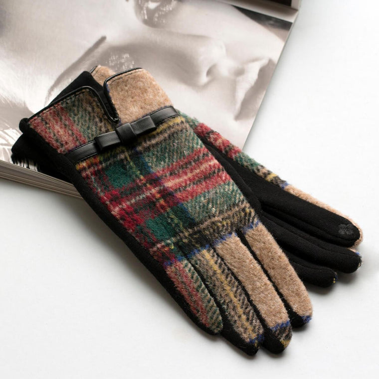 merino-wool-colourful-gloves