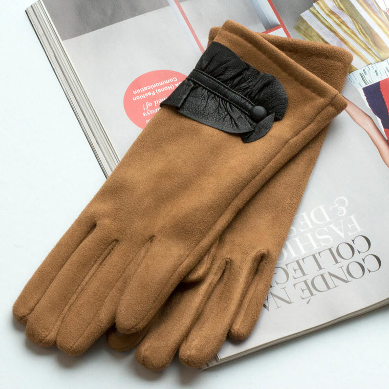 leather-ruffle-detail-gloves