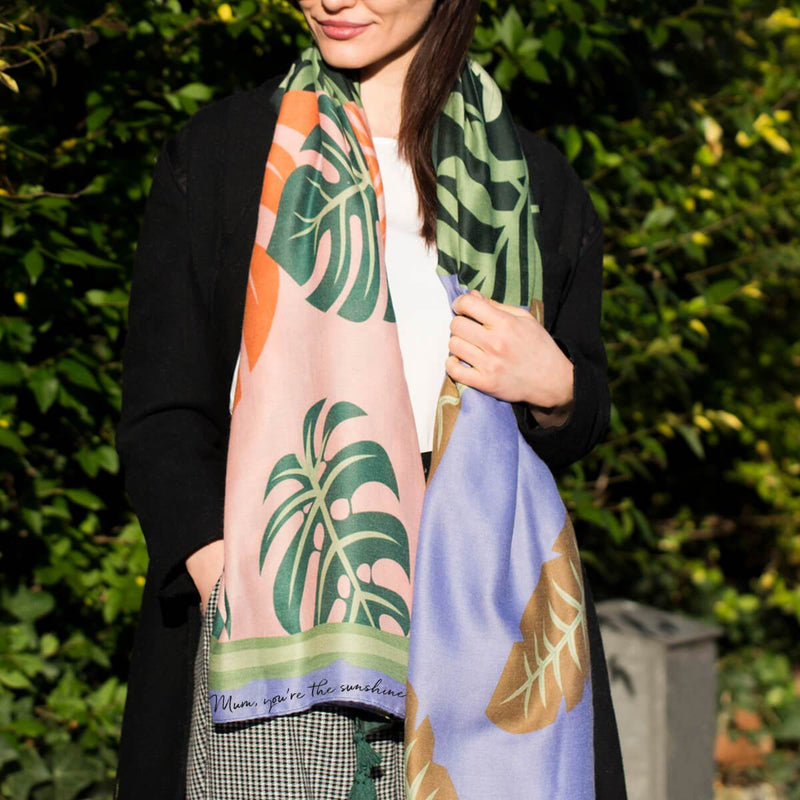 graphic-palm-print-scarf