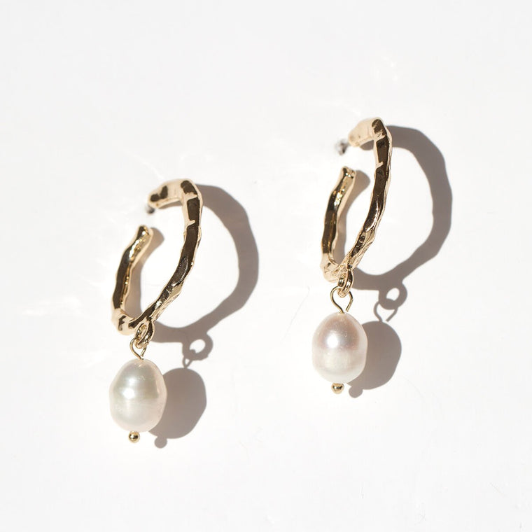 Biwa Pearl and Gold Ripple Earrings
