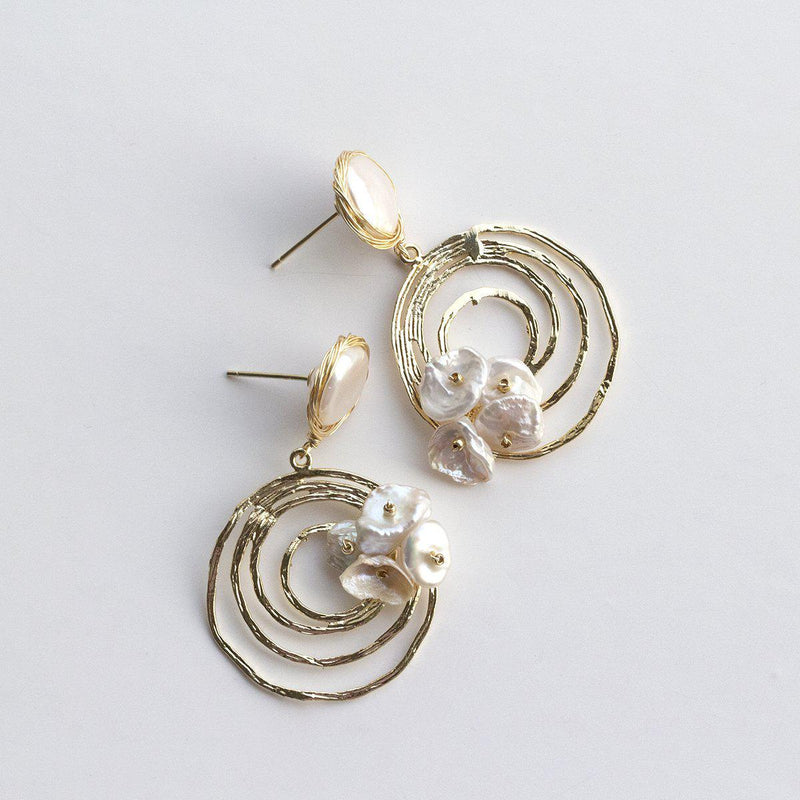 Keshi Button Pearl Hoop Earrings