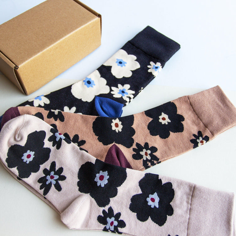 Anemone Floral Socks in a Box