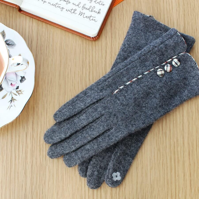 Touch Screen Gloves With Tartan Buttons